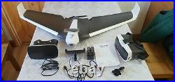 Parrot disco boxed with all cables chargers and battery (wont connect)