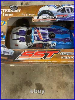 Thunder tiger sst nitro 2 speed RC truggy 1/10 car stadium truck with box